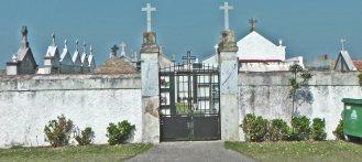 Cementerio parroquial Bayas