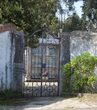 Cementerio parroquial Naveces